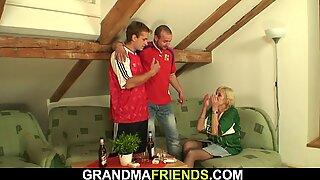 very hot blonde granny sucks and fucks at same time