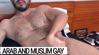 Arab gay - Turkish hunk with an huge cock - Xarabcam