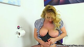british milf Lucy Gresty works her fanny with thumbs