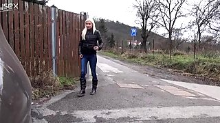 Slutty blond haired girl makes piss near fence of her neighbor
