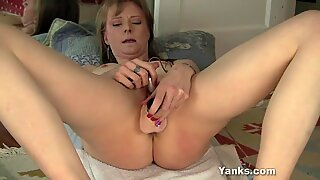 Yanks Natalia Chaplin'_s Body Shaking Orgasm