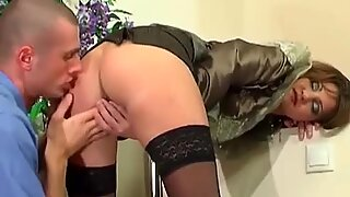 Hot lady got choked by by big cock