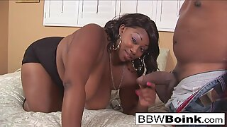 Thick ebony model gets fucked by her photographer