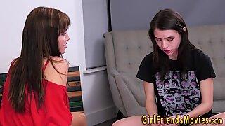 Milf lesbian in stockings gets scissored