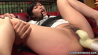 Mika Shindo toy insertion and a very intense orgasm