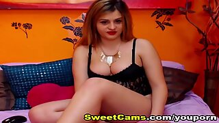 Busty Blonde Babe Fingering Her Wet Cunt