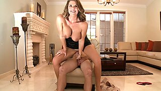 Huge tits milf Gia Malone deeply nailed