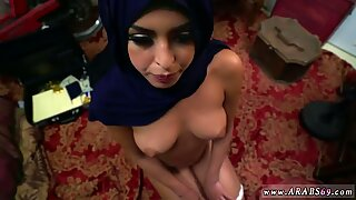 Arab anal creampie and arabic grandma Took a luxurious Refugee home.