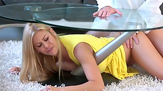 Stunning stepmom Alexis Fawx gets drilled
