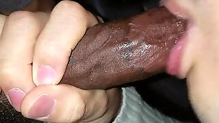 young BBC getting head from asian