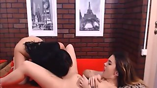 Lesbian hotties licking pussies on webcam