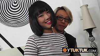 Asian chick gets het hairy pussy fucked by horny tourists