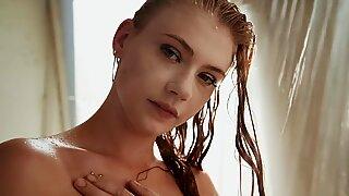 playFul shower Play