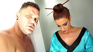Yarisa Duran getting her pussy widened by Nacho Vidal