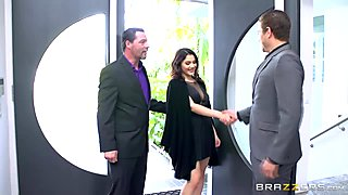 Threeway In A Party With Valentina Nappi