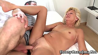 Old blonde gets pounded
