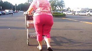 Big Thyck Booty Granny 2