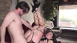 Allie Haze got her stretch anal railed by Preston Parker