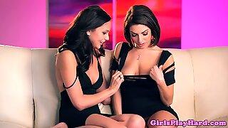 Pornstar Darcie and Ariana rubbing pussies