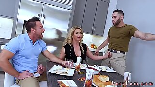 18 amateur family and strokes thanks giving dinner Army Boy Meets Busty Stepmom