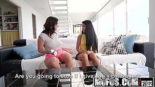 Mofos - Girls Gone Pink - Apolonia Lapiedra Claudia Bavel -