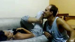 Bawdy føtter kyss