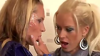 Lesbians fingering and facials from gloryhole