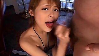 Sakurako blows to cocks to get a cum dessert