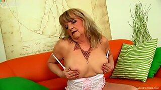 Time worn blonde granny Lotta spreads her huge butt cheeks