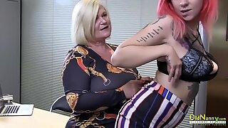 OldNannY British Mature Lesbian Masturbation