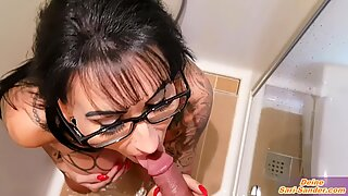 PRIVATE DEUTSCHE MILF IM URLAUB - german big tits tattoo mom holiday piss and fuck sextape