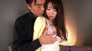 Petite japanese babe pussy railed until cum