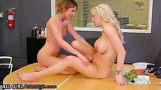 Kristen Scott's Feet Massage To Her Boss Takes A Wet Turn