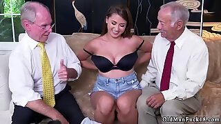 Young amateur tits Ivy impresses with her fat tits and ass - Ivy Young
